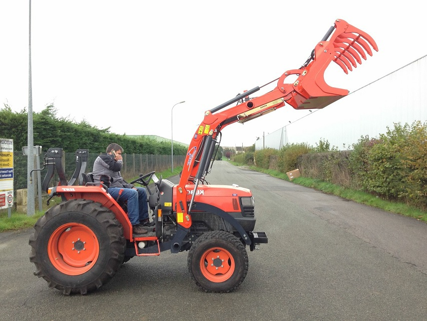 Front Loader Of Kubota L5240 Tractor