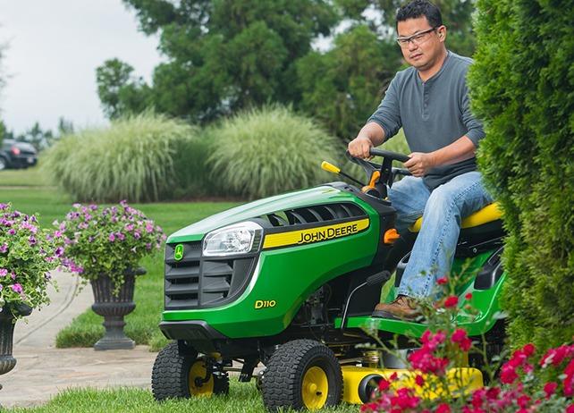 John deere D110 Lawn Mower