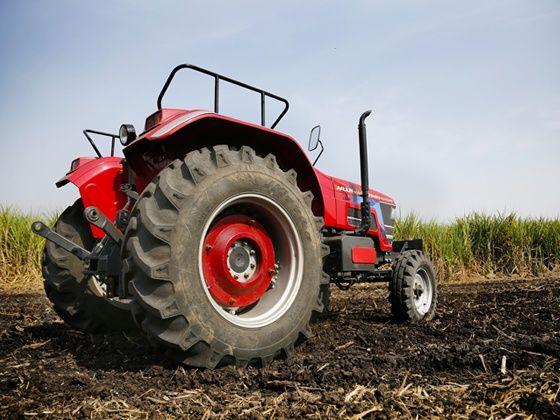 mahindra-arjun-novo-tractor-Back View