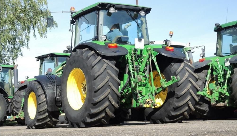 John Deere 7930 Engine Spec