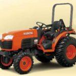 Kubota B2650 ROPS Tractors