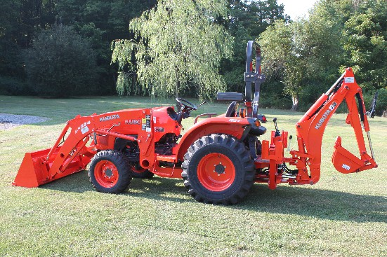 Kubota L3200 Front Loader overview