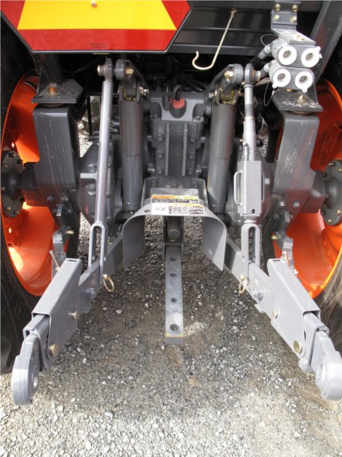 Kubota L5740 tractor hydraulic and pto system
