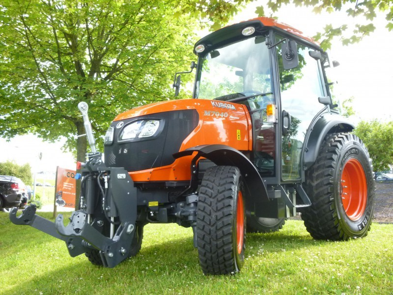 Kubota Tractor Fuel Tank : Kubota m specs price implements parts images and review