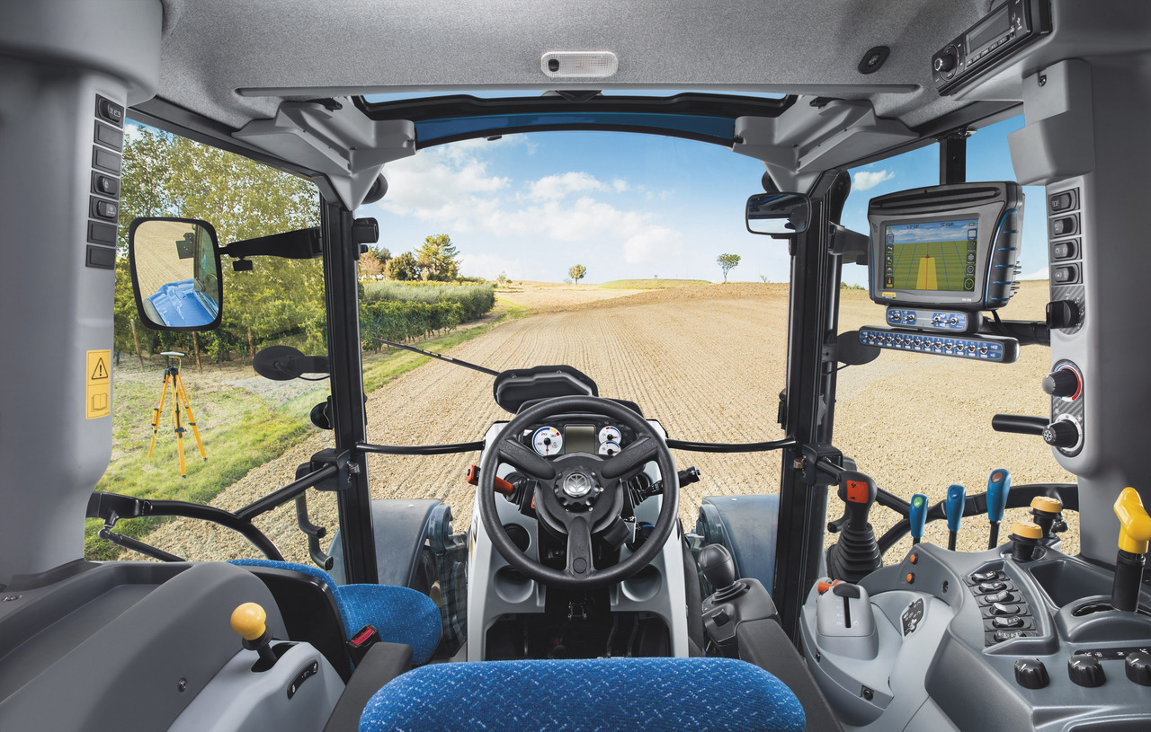 New Holland T5.105 Electro Command Cab