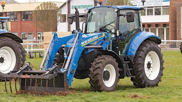 New-Holland-T5.105-tractor loader