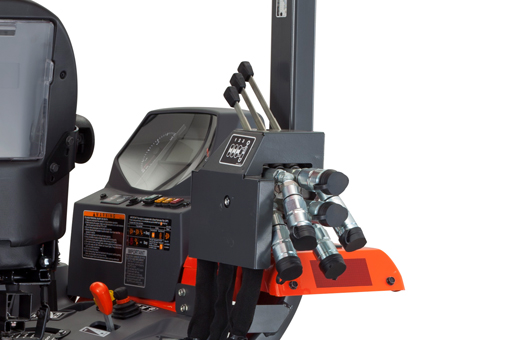 Remote hydraulic control valves Kubota M62TLB Tractor