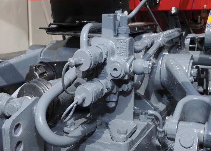 Swaraj FE 855 Direction-control-valve