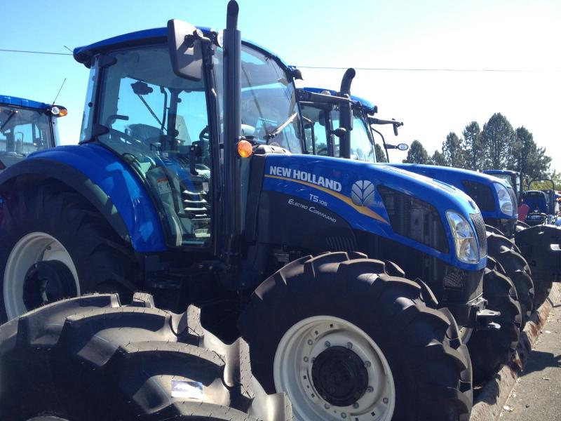 Tire Size Of New Holland T5.105 Electro Command
