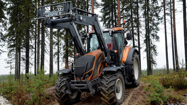 Valtra-Lifting