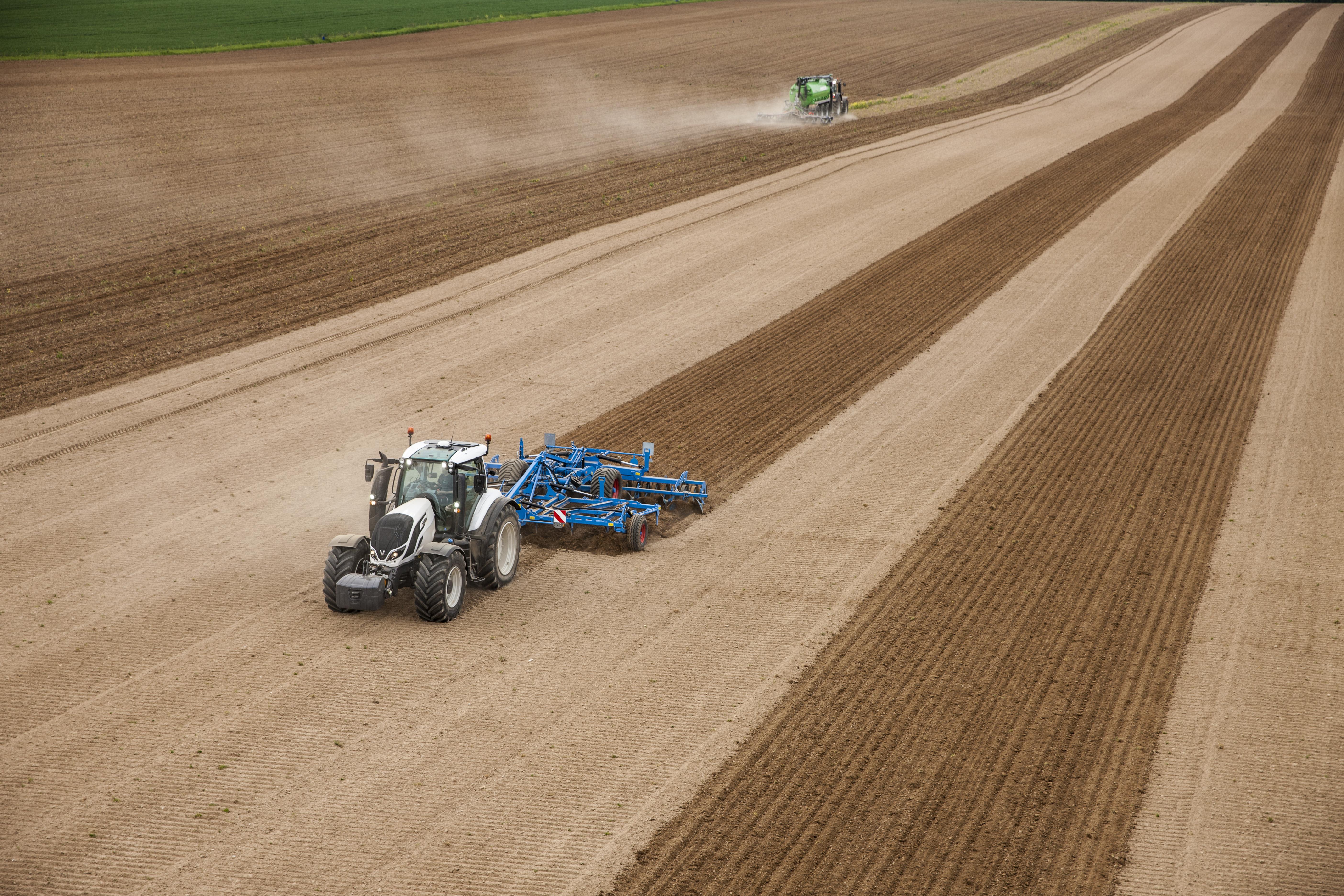 Valtra-farming