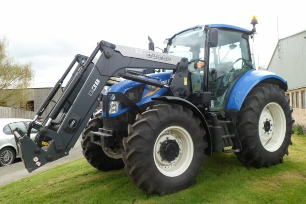 final New-Holland-T5.105-tractor