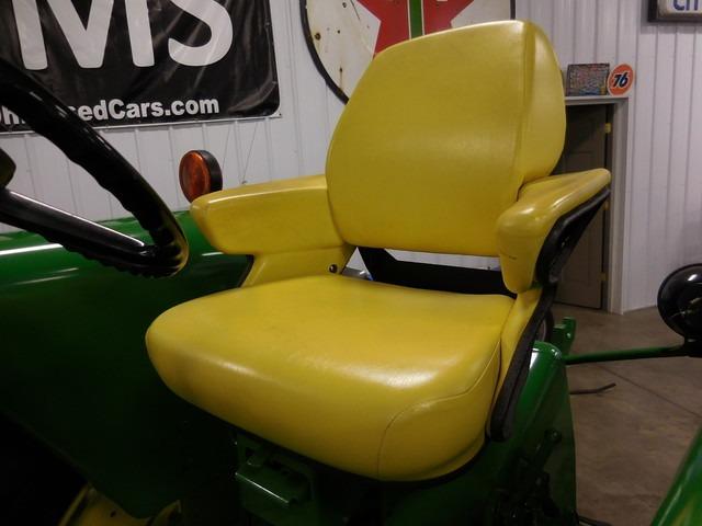 john-deere-4020-seat