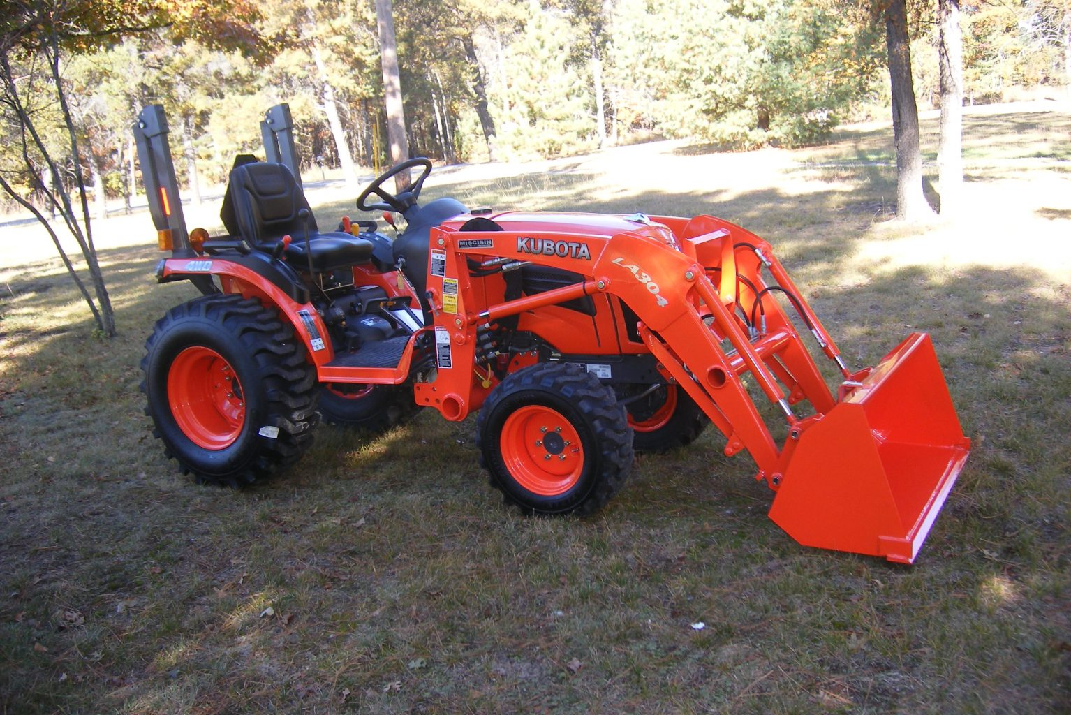 Kubota Mower Accessories : Kubota b specs price backhoe loader mower and review