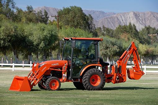 Kubota B3350 Compact tractor Integrated CAB