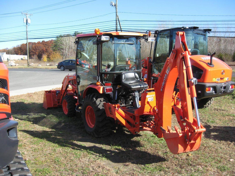 Kubota B3350 Tractor BH77 Backhoe
