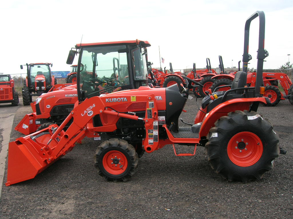 Kubota Front Tires : Kubota b compact tractors price specs features review