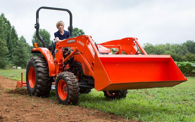 Kubota L2501 Compact tractor
