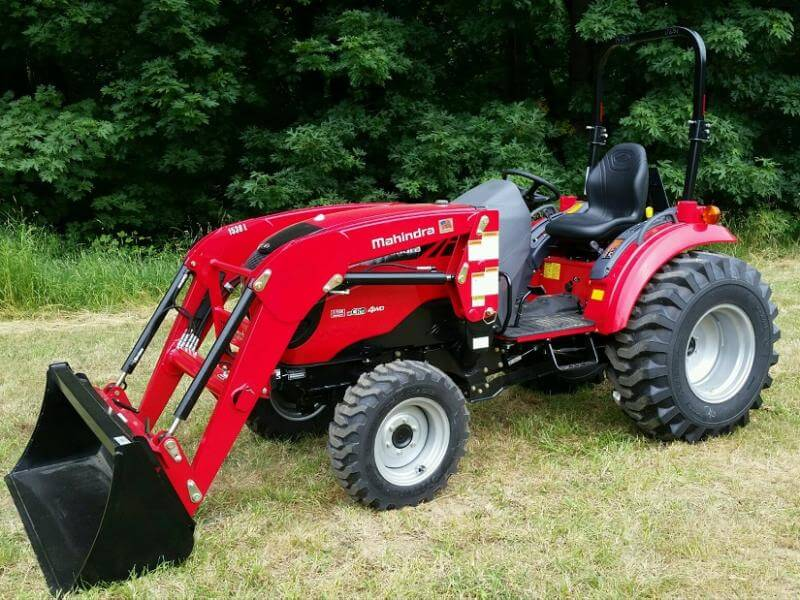 Mahindra 3540 4WD HST Compact Tractor