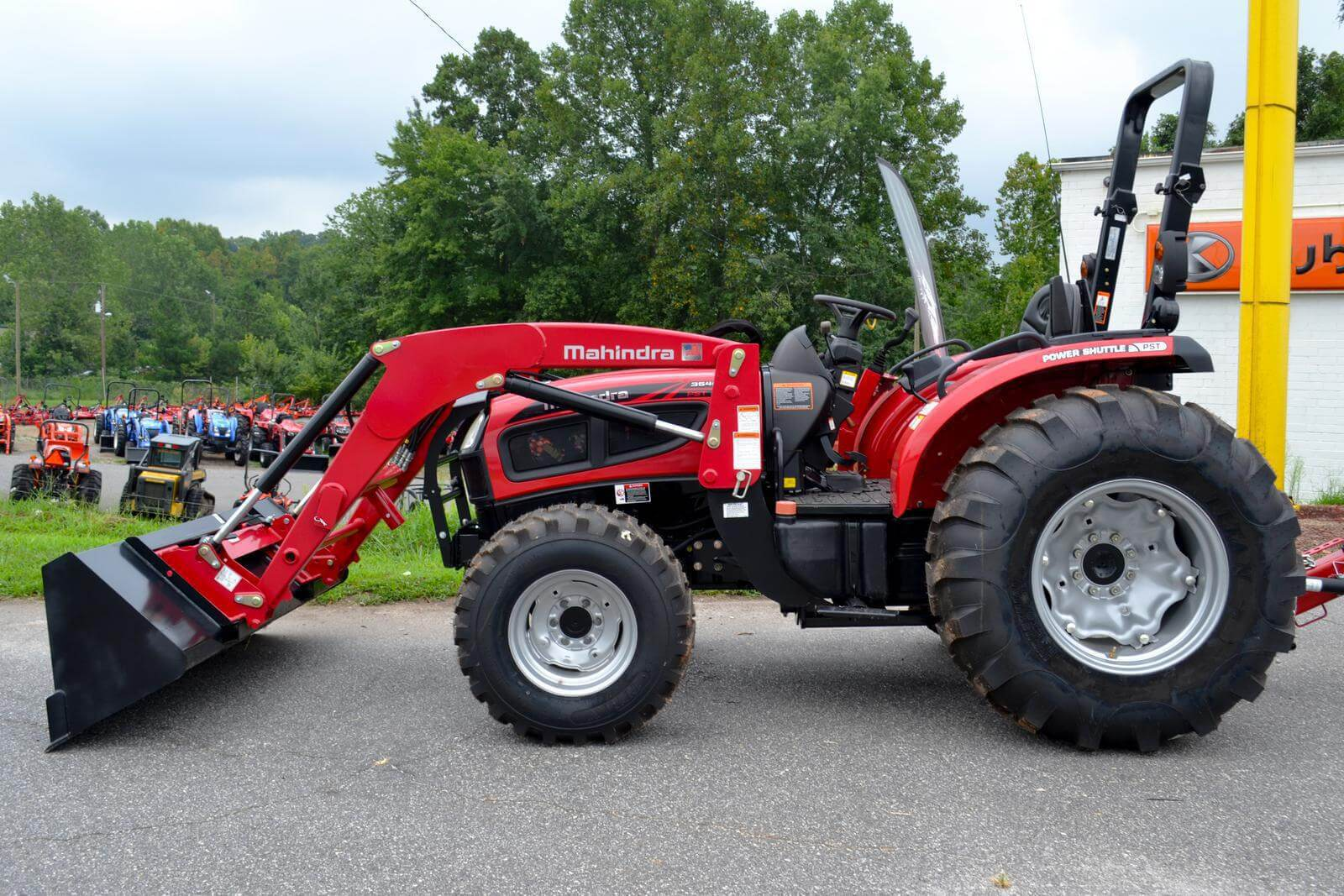 Mahindra 3540 4WD PST COMPACT tractor