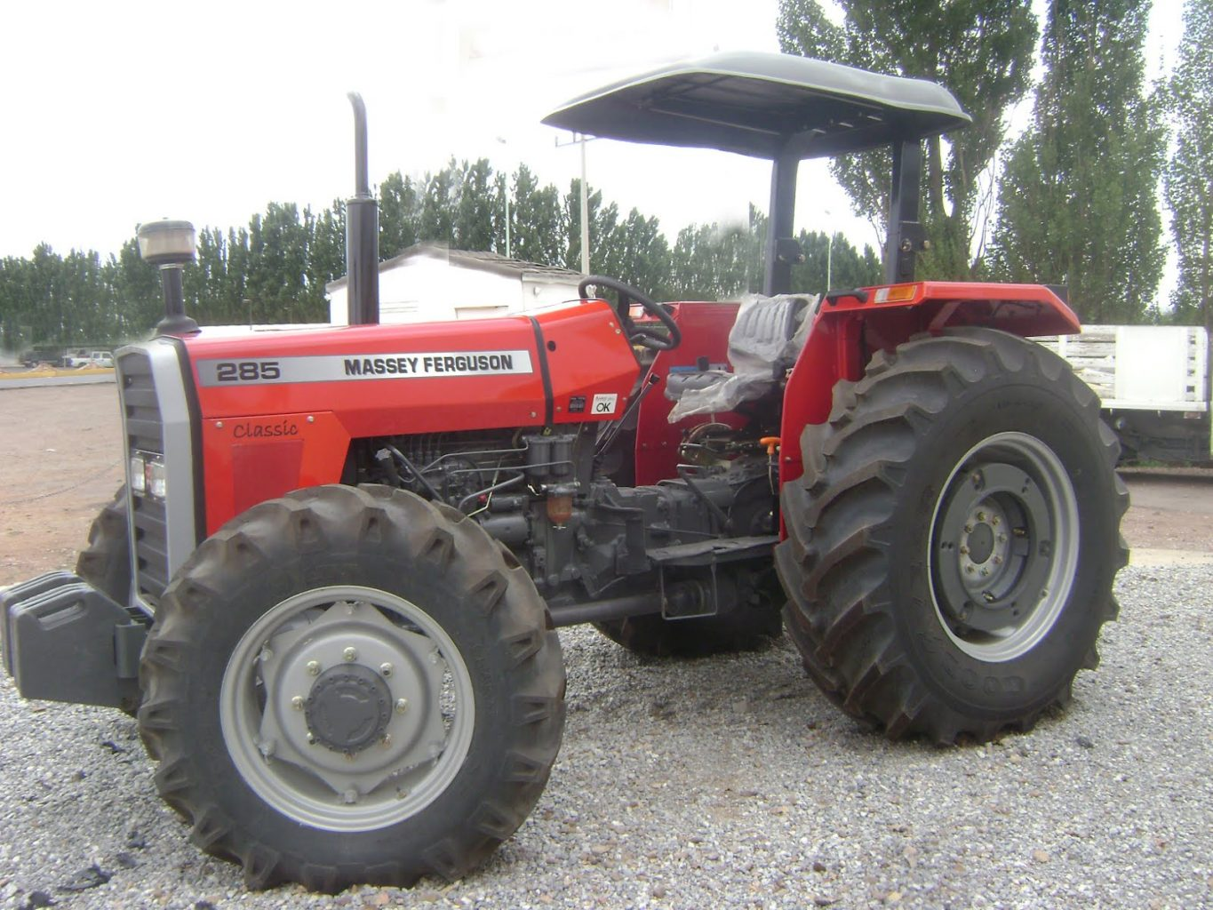 Massey-ferguson-285-design view