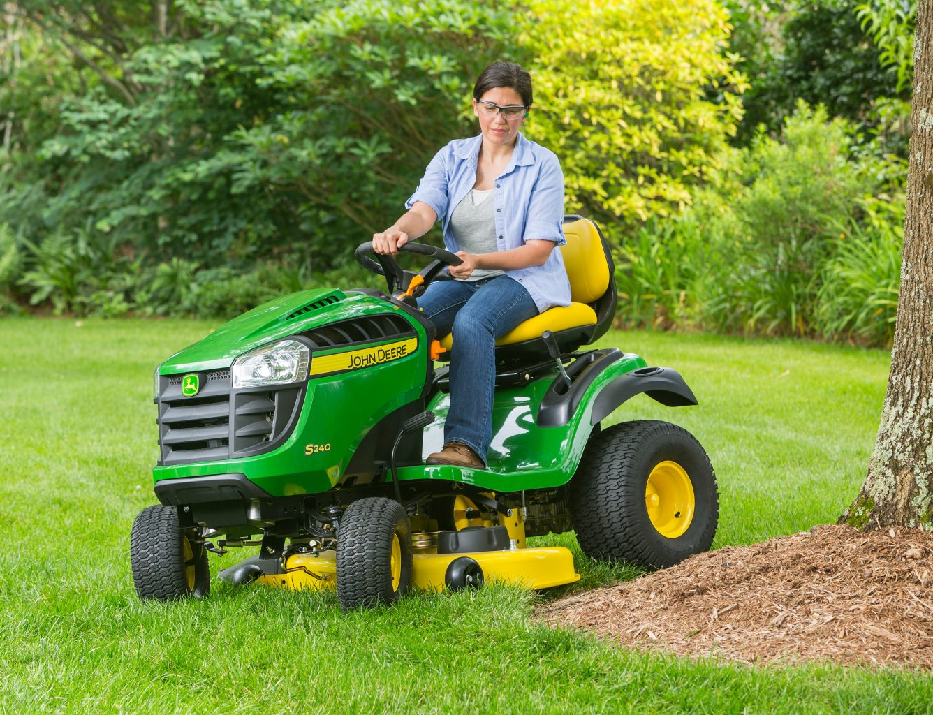 S240-lawn-mower-tractor-deck