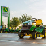 John Deere S240 Sports Series Lawn Mower Tractor: Price Specs Review Engine