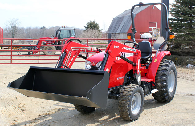 massey-ferguson-1734e-compact-tractor