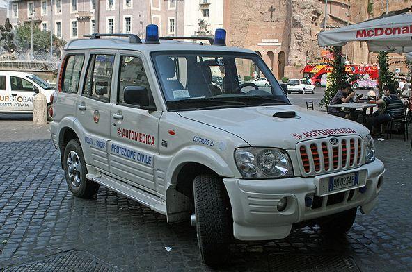mahindra-bolero-ambulance-2