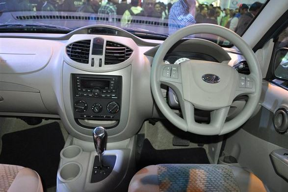 Mahindra Quanto car transmission