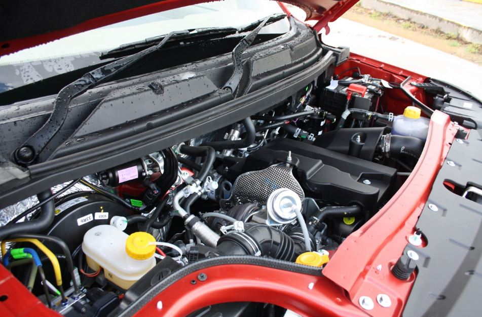 Mahindra TUV300 engine