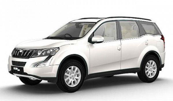 Mahindra XUV500 car W6