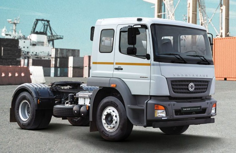 BharatBenz 4028T(4 x 2) Tractor 1