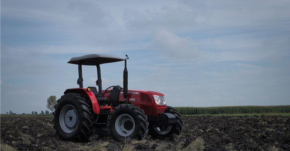 McCormick A75 Max Tractors