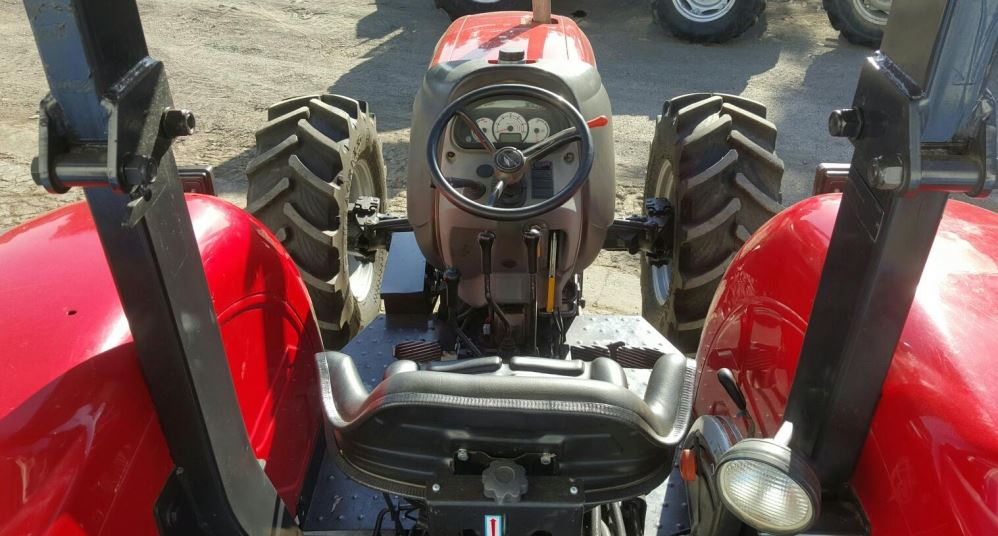 McCormick B-Max Tractor transmission