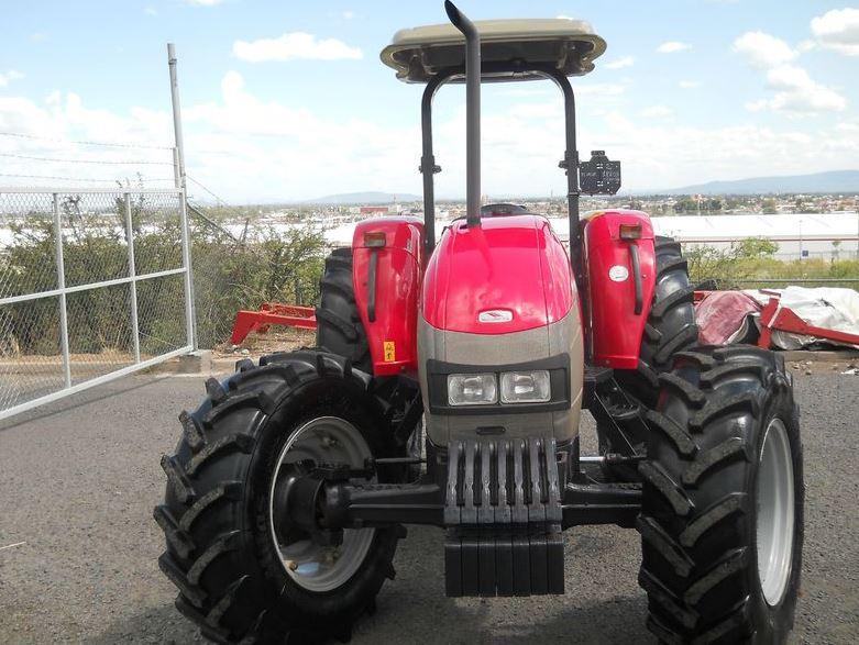 McCormick B110 Max Tractor