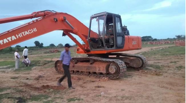 TATA Hitachi EX 200 LC Super Series Machinery 2