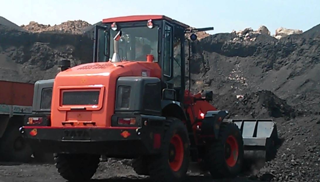 TATA Hitachi TWL 3034 Wheel Loader 1