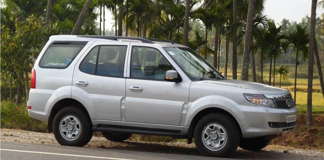 TATA Safari Strome EX Car