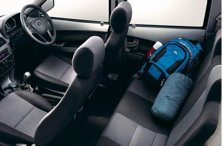 TATA XENON XT Pickup interior