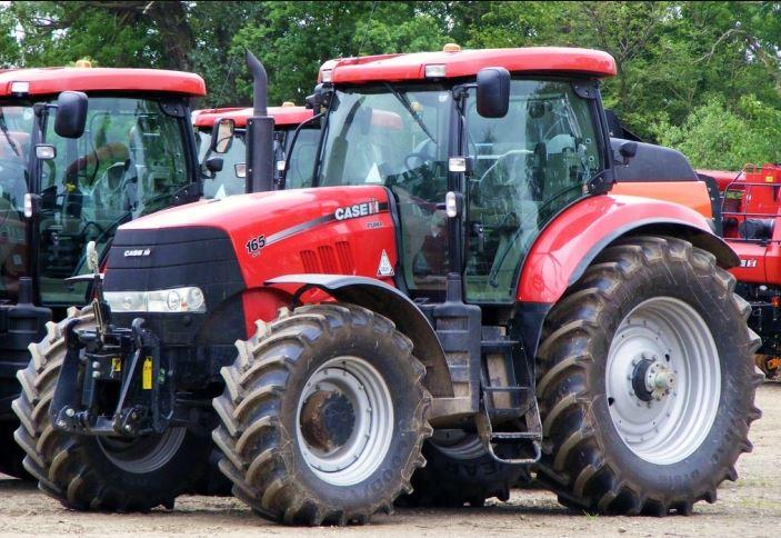 CASE IH PUMA 165 Tractor