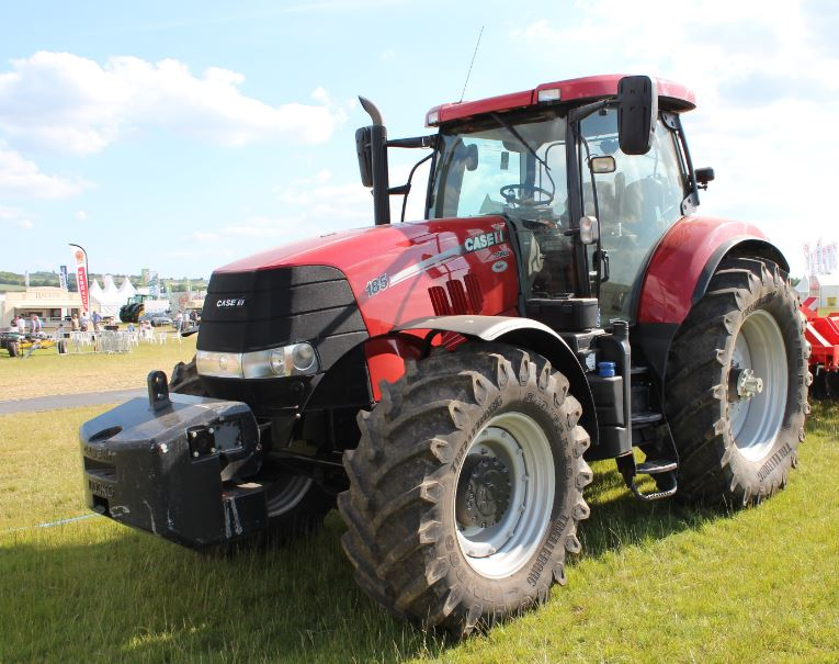 CASE IH PUMA 185 Tractor