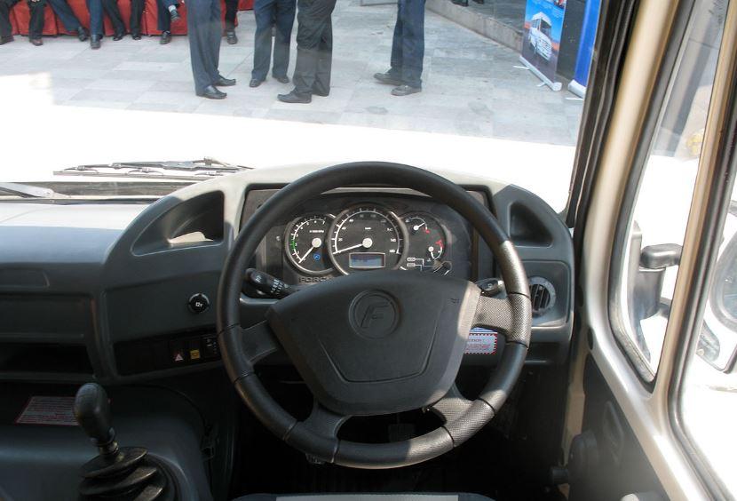 Force Traveller 26 steering