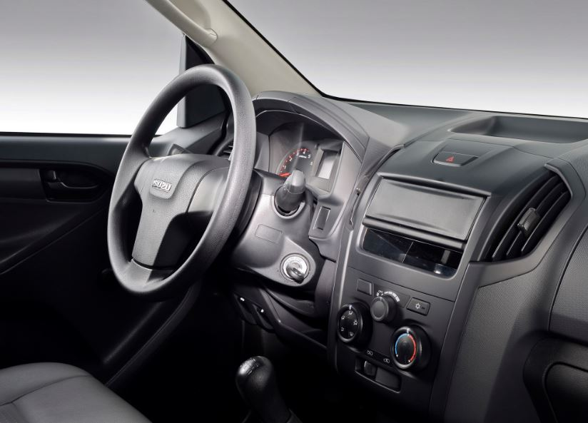 ISUZU D-MAX Pick up interior