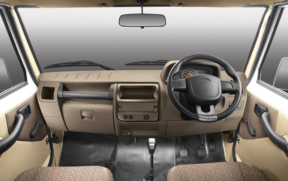 Mahindra Big Bolero Pick-Up interior