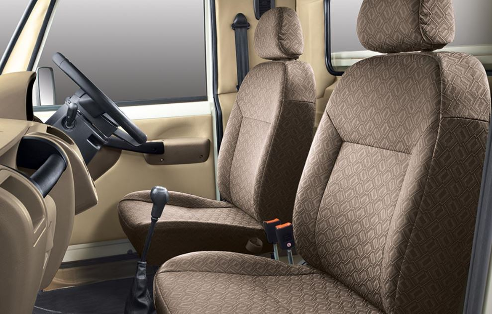 Mahindra Big Bolero Pick-Up interior1