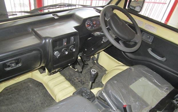 Piaggio Porter 1000 interior