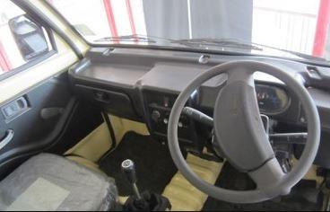 Piaggio Porter 600 interior
