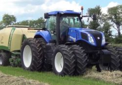 New Holland T8.360 Tractor