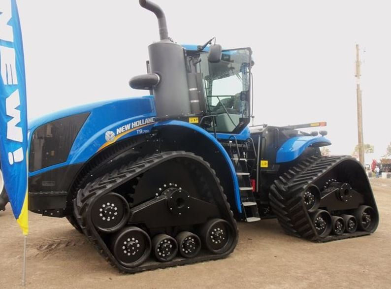 New Holland T9.700 tractor